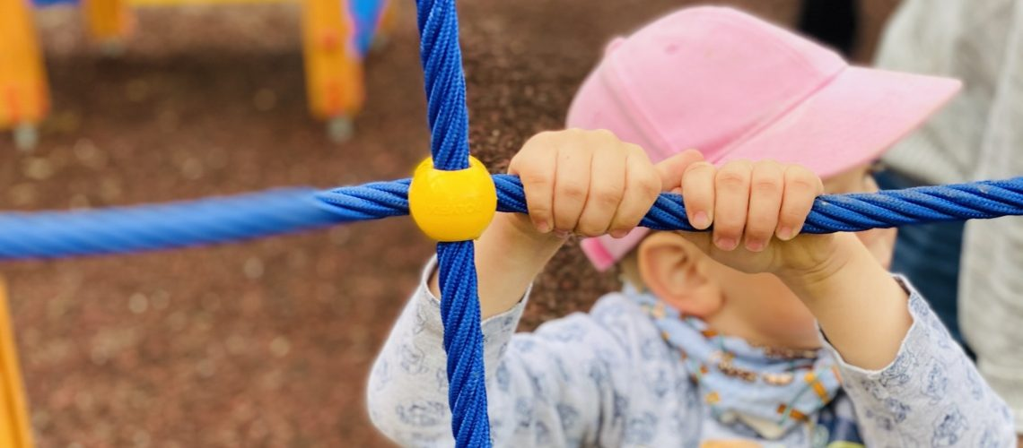 kid-on-playground